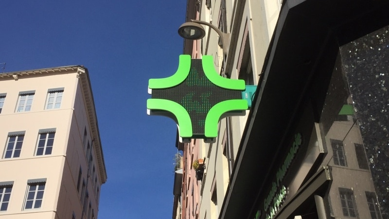 Pharmacy sign in Lyon