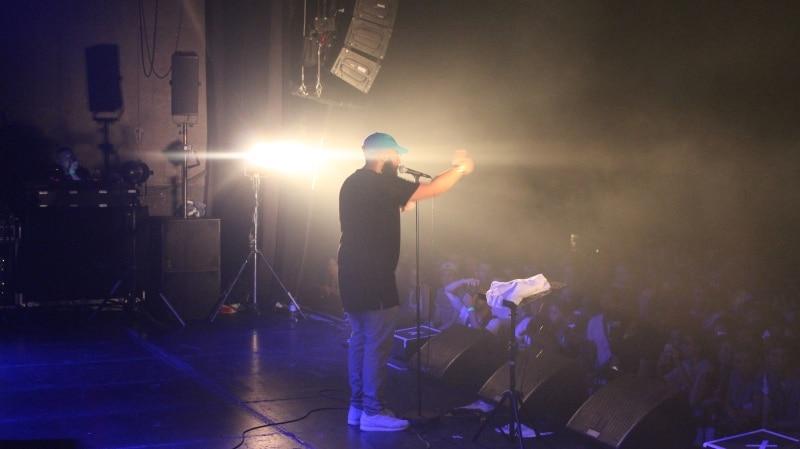 Gros Mo hiphop performance, l'original festival