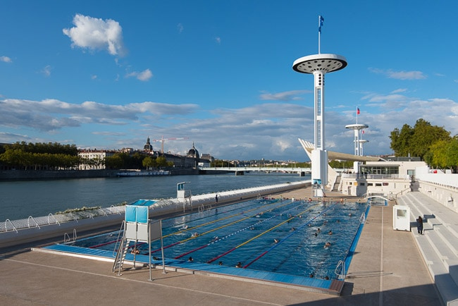 What to do in summer in lyon 10 things lyonnais do in july for Piscine du rhone