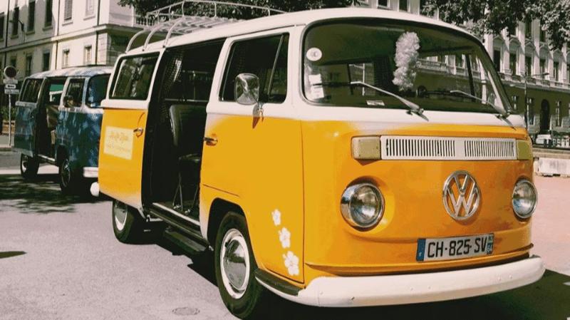 Vintage Volkswagen Kombi to visit Lyon