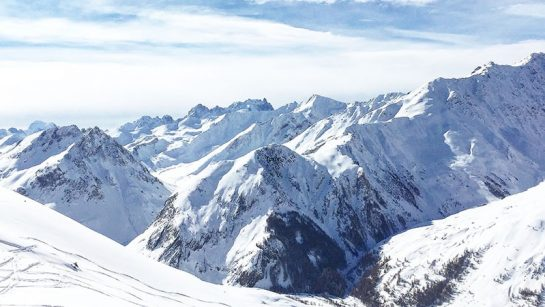 Skiing in the Fench Alps from Lyon, France