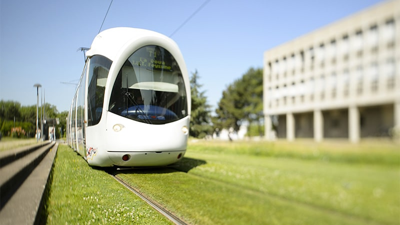 The T1 tram by La Doua in Lyon. © Nicolas Robin/SYTRAL