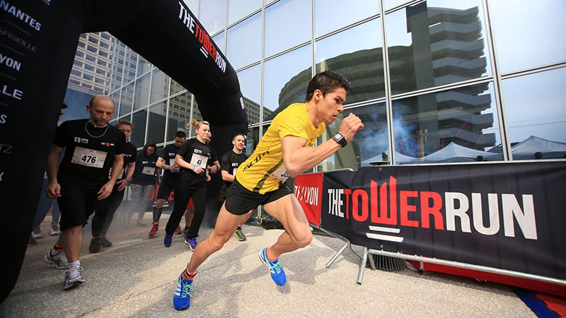 hugo altmeyer running in lyon tour incity for tower run