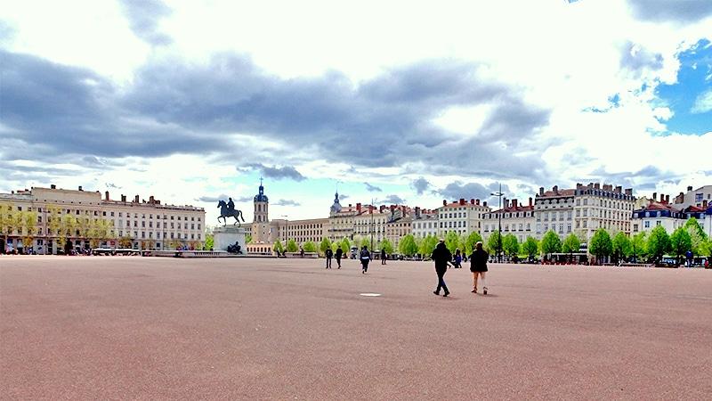 Place Bellecour in Lyon 2.