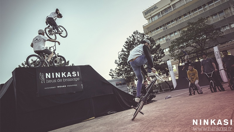 BMX competitions at Ninkasi Urban Week in Lyon in 2017.