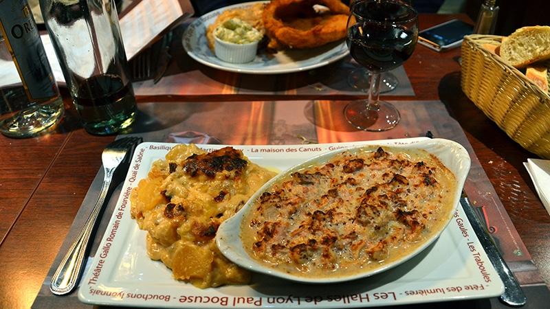 A typical main course in a lyonnais bouchon