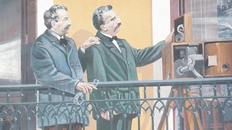 The Frères Lumières on the Fresque des Lyonnais in Lyon.