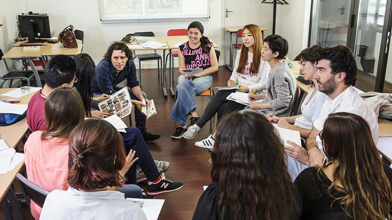French language workshop for expats in Lyon