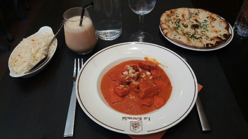 Butter chicken, garlic naan and Taj Mahal cocktail