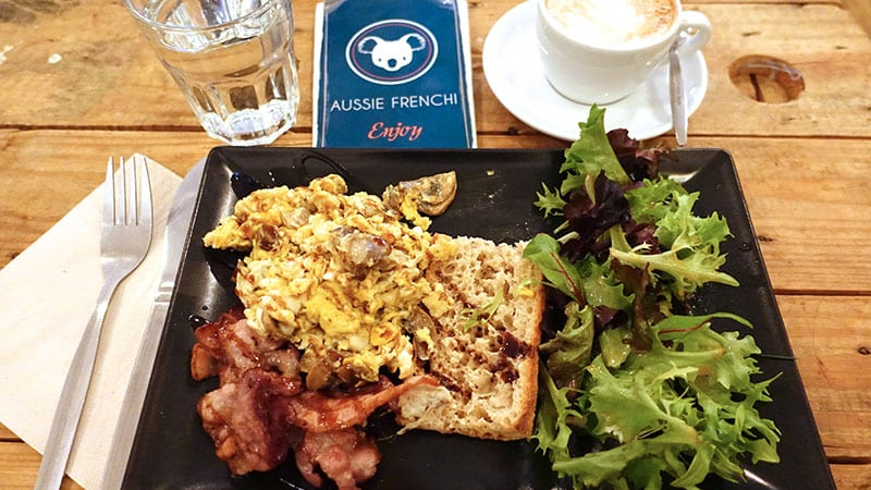 Breakfast at the Aussie Frenchi Café in Lyon