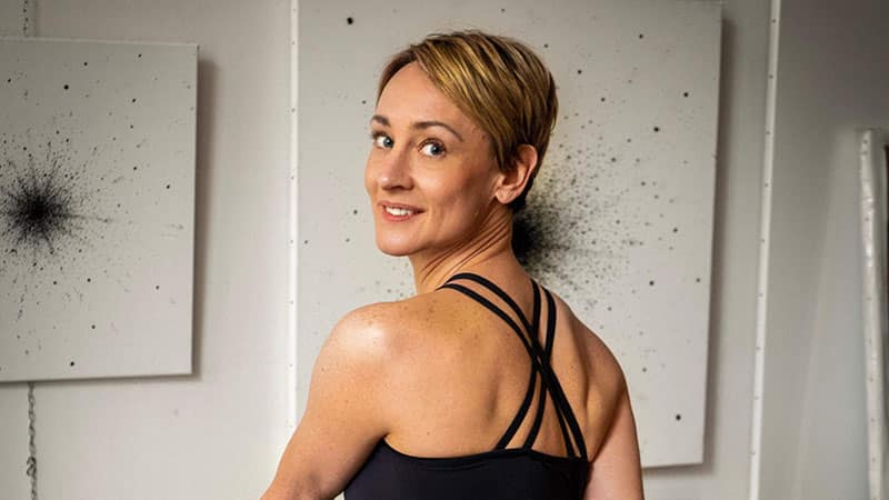 Nina Coates yoga teacher in Lyon