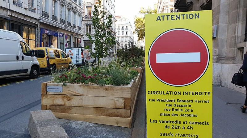 Lyon city center streets forbiden to cars