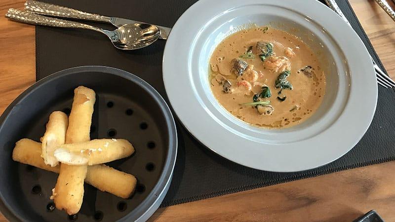 K'nelle by Epona Hotel Dieu Restaurant