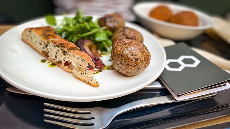 Food Traboule les apothicaires meatballs