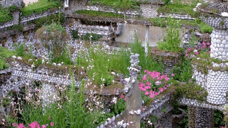 Rosa Mir garden in Lyon